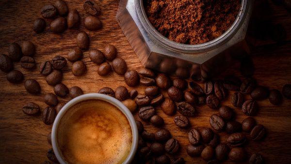 Coffe_tazze_chicchi
