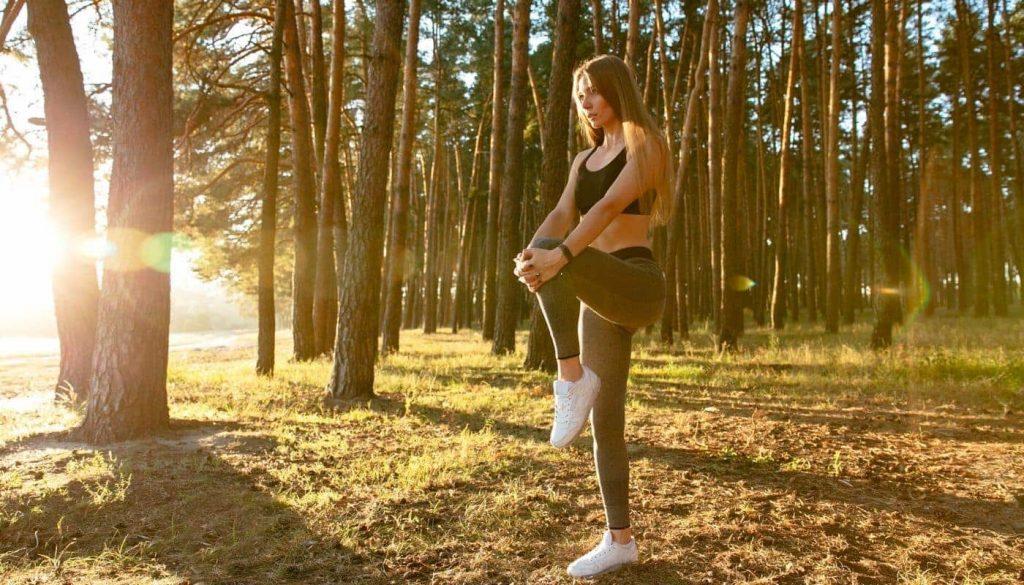 stretching_bosco_ragazza